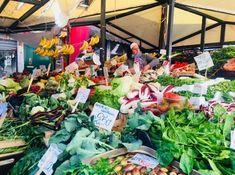 Wenecja - bazar na Rialto #venice #italien #italy #wenecja #bazar #warzywa #fruits #market #marketplace #rynek #kolorowe #targowisko