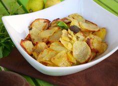 Le patate al forno con limone e menta sono il perfetto contorno estivo.La menta e il limone, infatti, conferiscono alle patate un profumo e un gusto fresco e piacevolmente agrumato.Ottime in accompagnamento a del buon pesce arrosto.