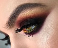 i love unusual , not ordinary things, so even a simple smokey eye i would do with a twist , now what about mixing colors to perfectly match…