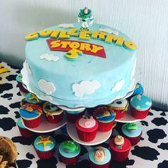 Toy Story cake & cupcakes