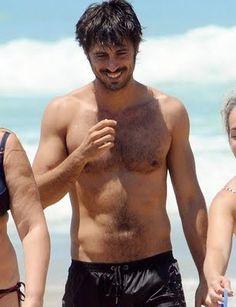 Hugo Silva....mmmmmmh