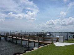 Jensen Beach FL Homes with Docks Over $1 Mil.