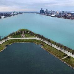 Windsor & Detroit above Belle Isle. - - - - - - - - - - - - - #detroit #michigan #dtown #thed #windsor #ontario #canada #america #belleisle #water #river #flow #detroitriver #drone #dronephoto #droneskyline #skyline #cityscape #dronestagram #droneoftheday #dronetography #dji #phantom #djiphantom