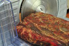 Recept na sušenú krkovičku? Zvládnete to aj vy (coppa) No Salt Recipes, Meatloaf, Banana Bread, Pork, Cooking, Hana, Kale Stir Fry, Kitchen, Meat Loaf
