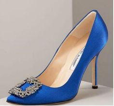 MANOLO BLAHNIK- also known as the Carrie Bradshaw as seen in Sex In The City Movie- the Manolos she is married in