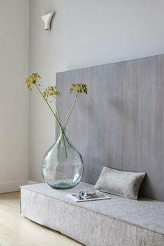 Graues Wohnzimmer - leuchtend-grau.de #Grey #Livingroom #minimal #Minimalism