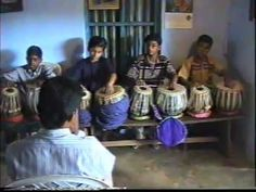 """The tabla consists of two single-headed, barrel-shaped small drums of slightly different size and shape: daya also called dahina meaning right (also called """". The Soloist, Tutorials, Learning, Studying, Teaching, Education"""