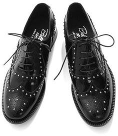 studs with wingtip / ShopStyle: URBAN RESEARCH Diego Bellini