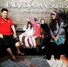Diary Nayla: Trakktir Oma Hanna Ultah di Bogor