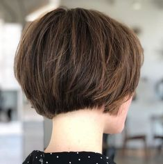 curly bob haircuts Short Feathered Bob with Neatly Trimmed Nape The feathered layers of this extra short bob give the trim, neat haircut some youthful, girlish charm. Its a styl Bob Haircuts For Women, Bob Hairstyles For Fine Hair, Layered Bob Hairstyles, Short Bob Haircuts, Hairstyles Haircuts, Wedding Hairstyles, Medium Hairstyles, Braided Hairstyles, Short Wedge Hairstyles