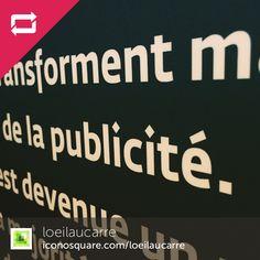 """Regram @loeilaucarre  On aime les points carrés sur les """"i"""" de l'expo """"L'histoire au travers de la pub"""" des #ChampsLibres !"""