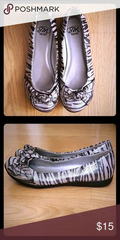 Sparkly Zebra Print Flats Great condition. Hardly any signs of wear. Durable. Steve Madden Shoes Flats & Loafers