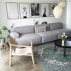 Cool og hyggelig på samme tid - er vild med den her stue  Æstetik: @anjabo_ #skandinaviskæstetik by skandinaviskaestetik