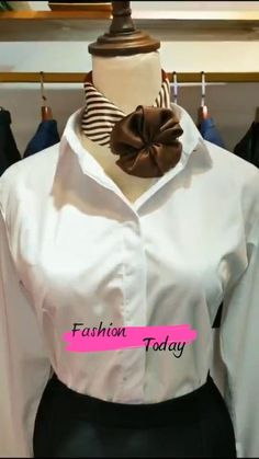 Ways To Tie Scarves, Ways To Wear A Scarf, How To Wear Scarves, Scarf Wearing Styles, Head Scarf Styles, Diy Belt For Dresses, Diy Fashion Hacks, Fashion Tips, Scarf Knots