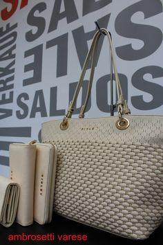 Le Sisley bags sono scontatissime...anche sul nostro ShoponLine http://www.valigeriaambrosetti.it/categoria-prodotto/sisley-shoponline/