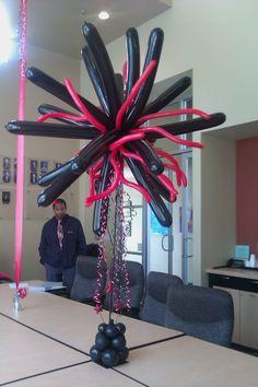 funky balloon centerpieces