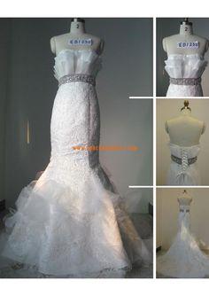 Robe de mariée sirène dentelle avec ceinture perles