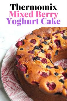 It's the magical combination of almond meal and yoghurt that give this cake such a wonderful texture. It's berry, berry nice (and so easy in the Thermomix! Almond Recipes, Baking Recipes, Cake Recipes, Dessert Recipes, Berry Cake, Berry Berry, Thermomix Desserts, Easy Desserts, Yogurt Cake