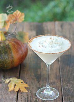 Spiced Pumpkin Cocktail  ~ we ❤ this!  itsabrideslife.com ~ #signaturedrinks #fallwedding