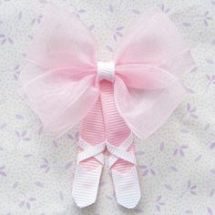 "Ballet slipper hair bow -image only ""Tutu Ballerina Hair Clippie so cute"", ""Oh my goodness so so cute! Tutu Ballerina Hair Clip :) these are adorable"", Hair Ribbons, Diy Hair Bows, Diy Bow, Bow Hair Clips, Ribbon Bows, Ballerina Hair, Ballerina Shoes, Ballet Hair, Ballerina Slippers"