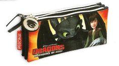 Portatodo triple Como Entrenar a tu Dragón Precioso portatodo triple perteneciente a la película Como Entrenar a tu Dragón.