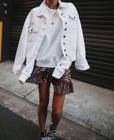 Summer Fashion Tips andicsinger.Summer Fashion Tips andicsinger Fashion Mode, Look Fashion, Womens Fashion, Fall Fashion, Classy Fashion, Petite Fashion, Korean Fashion, Mode Outfits, Trendy Outfits
