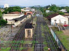 Passagem dos trilhos pela estação ferroviária e área urbana de Pindamonhangaba