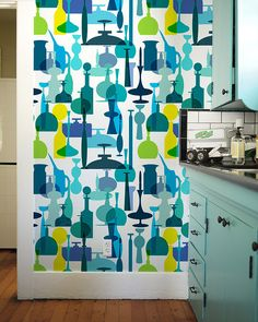 Mid-Century Glass, via Flickr. I love this wallpaper for a kitchen or dinning room!