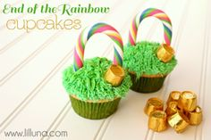 SO cute!  End of the Rainbow cupcakes from @Kristyn Merkley #cupcake #rainbow