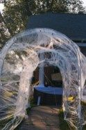 Crazy front yard decorating ideas for this halloween 25