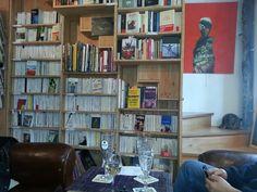 L'Autre Rive Café Libraire à Berrien, Bretagne
