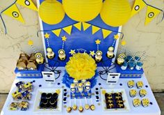 Kid Graduation Party Decor Table