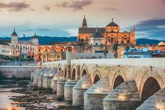 The Long Bridge of Volantis - Roman Bridge in Cordoba, Spain Cadiz, Cordoba Andalucia, Beautiful Places To Visit, Beautiful Beaches, Places To See, Amazing Places, Amazing Art, Granada, Monuments