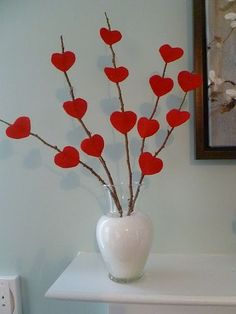 Awesome And Coolest DIY Valentines Decorations . valentines day ideas on the cheap valentines day decorations Awesome And Coolest DIY Valentines Decorations . Saint Valentine, Valentines Day Hearts, Valentine Day Crafts, Happy Valentines Day, Kids Valentines, Homemade Valentines, Valentine Heart, Diy Valentine's Day Decorations, Valentines Day Decorations