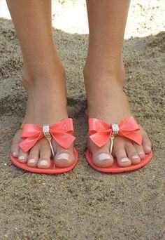 Gold & Coral bow #sandels #flipflops
