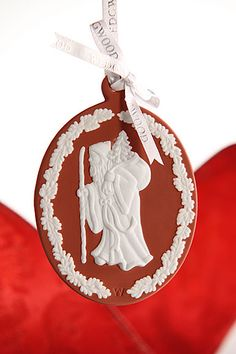Wedgwood Ornament Santa Cameo, Red