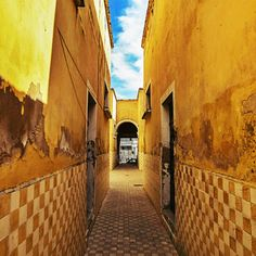 Así lucen algunos aspectos del tradicional barrio de #Mexicaltzingo, el cual será integrado en un programa de recuperación y rehabilitación de banquetas, fachadas, calles y espacios públicos. #Guadalajara  #Historia