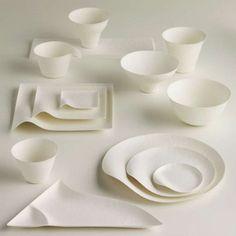 Wasara's Stylish Disposable Tableware Disposable Plates, the Wasara collection Disposable Plates, Ceramic Tableware, Ceramic Pottery, Ceramic Art, Plate Design, Food Design, Vintage Tupperware, Assiette Design, Bowls