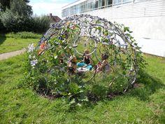 Buenísima idea para jugar dentro de un jardín :D