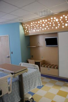 Loving the starry light feature in this hospital room at the El Paso Children's Hospital.