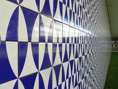 Athos Bulcão (Brasília Palace Hotel) Oscar Niemeyer, Moving To Paris, Cities, Tile Patterns, Pen Doodles, Construction, Projects, Home Decor, Modern Architecture
