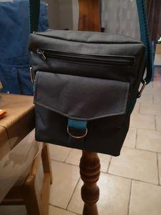 Sacoche Jive toile à sac et sangle bleu canard cousu par Sandra - Patron sacoche Sacôtin