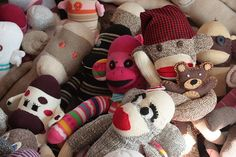 Various classic sock monkey tutorials, and info on a craft-for-charity project called Sock Monkeys for Texas.