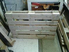 The most difficult thing about reusing pallets (if your not going to use tbem in anything like their original state) can be taking them apart. This is just a few tips that i find useful.