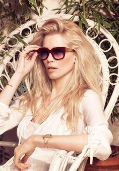 Egal, ob Sie relaxen oder im Freien unterwegs sind, Sonnenbrillen von Claudia Schiffer by Rodenstock peppen Ihre Outfits auf.