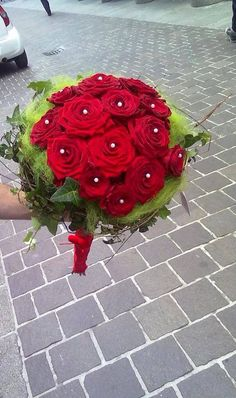 Red Naomi Roses from Porta Nova - Wedding Bouquet by Cesare Bianchi