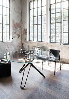 Lema furniture 3 pod dining table round insitu haute living Glass Round Dining Table, Dining Table Design, Glass Table, Round Glass, Dining Tables, Glass Furniture, Small Furniture, Furniture Design, Esstisch Design