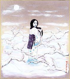 Yuki-onna La mujer de la nieve es un espíritu  representado como una mujer alta, hermosa, de largos cabellos, que se manifiesta en una noche nevada. Su piel es pálida y junto a su kimono blanco hace que se la confunda en paisajes nevados. A pesar de su belleza inhumana, sus ojos pueden causar terror en los mortales. Yuki-onna flota a través de la nieve, sin dejar huella.  En muchas historias, Yuki-onna se revela a los viajeros que se encuentran atrapados en tempestades de nieve y utiliza su…