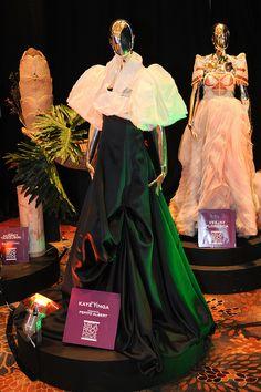 Terno of Kaye Tinga designed by Pepito Abert Modern Filipiniana Dress, Filipiniana Wedding, Barong, Modern Romance, Simple Elegance, Drawing Techniques, Traditional Dresses, Fiction, Gowns