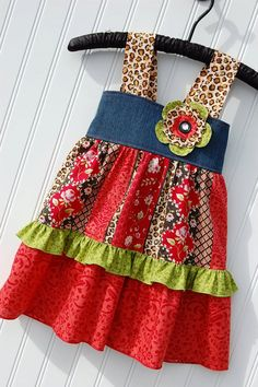 I like the fabric combination on this summer dress.  Wouldn't have thought to add a bit of denim, but I love it.